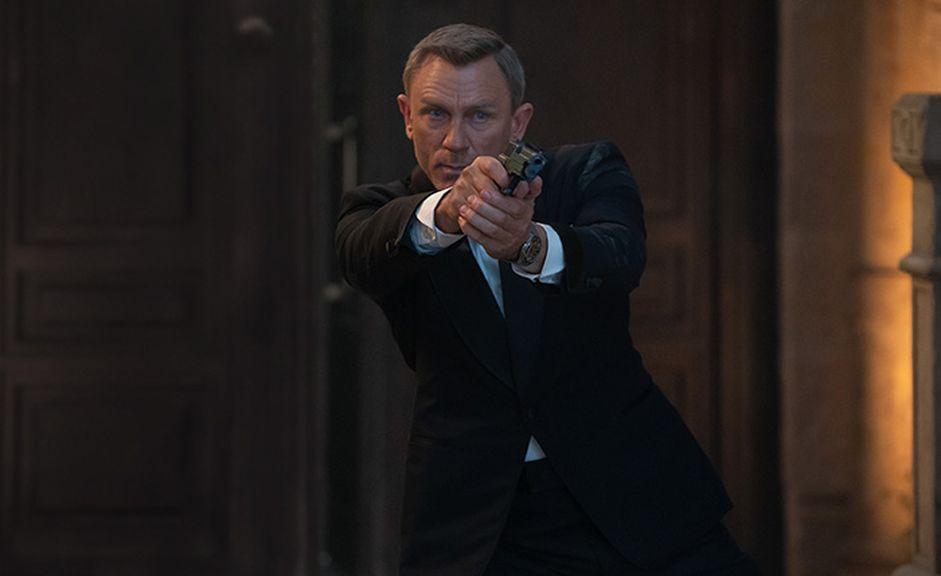 Bond_941_576